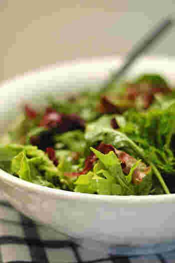 ジャーサラダやチョップサラダなど、今、空前のサラダブームがきています。ダイエットと健康の強い味方「サラダ」も、いつもどおりに食べるだけでは飽きてしまうことも…。