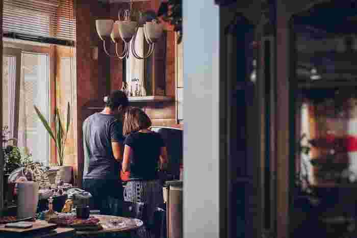 お料理好きでも、毎日の生活ではササッとご飯作りを済ませてしまうもの。  時間がある時こそ、今まで気になっていた煮込み料理やオーブン料理、いつもはなかなか取り掛かりにくいお菓子作りに挑戦してみましょう!