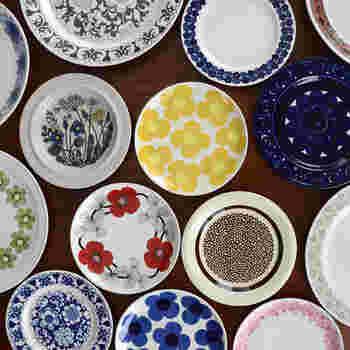 ■ARABIA社のヴィンテージ食器 色とりどりに集うarabia社の食器たち。 markkaでしか手に入らないめずらしいものは、見つけたら幸運。