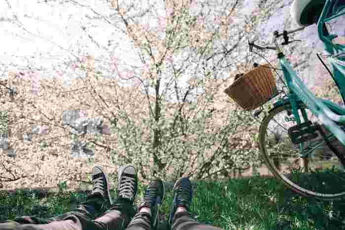 春はスタートの季節。変化の多いこの時期は、知らず知らずのうちにストレスが溜まってしまいがち。たまには仕事や家のことを忘れて、のびのびと過ごす自分時間をつくって気持ちを発散させてあげましょう。 友達とお喋りを楽しむもよし、ひとりでのんびりと好きな音楽を聴くもよし。気持ちを解放する時間を積極的につくっていきましょう。