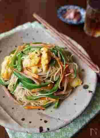 「素麺」人気レシピ33品!冷たい&温かいアレンジ、そうめん弁当の作り方まで