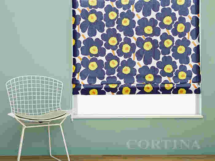 色相環で左右60度ぐらいまでの隣り合う広を「類似色」と呼びます。青と緑、赤と紫など、黄色とオレンジなどの組み合わせが、類似色の組み合わせです。色温度の近い類似色は合わせやすく、違和感のない落ち着いた色調の空間を作ります。