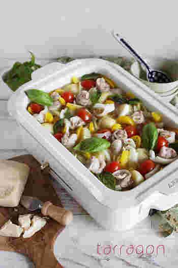 和風のしゃぶしゃぶでは珍しいジャガイモやパプリカなどの彩り野菜がたっぷり。 コンソメとガーリックがきいたお出汁は、シメのリゾットにパルミジャーノを加えると絶品です♪