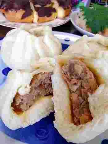 中華街の『肉まん』と言えば、欠かせないのが筍や椎茸が入ったアン。 こちらのレシピでは、そんな王道のアンが紹介されています。 筍のもつ独特の食感と、椎茸の柔らかくてコクのある甘さ。春巻きのアンにしても美味しそう♪