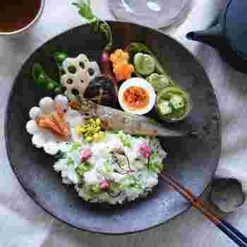 春野菜のレシピいかがでしたか?本格的に温かくなったら手に入りにくくなる春野菜。まだ肌寒い時期だからこそ、テーブルの上で「春」を楽しまれてみてはいかがでしょうか。お酒との相性が良いレシピもたくさんあるので、是非おいしいお酒と一緒に春の宴を楽しんでてみてくださいね♪