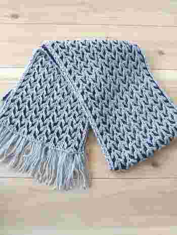基本の編み方ができる上級者の方は、模様編みにもチャレンジしてみてはいかがでしょうか。複雑な模様がキレイに編めたら達成感も味わえるはず。  ここからは模様の編み図案が掲載されている書籍をご紹介していきます。