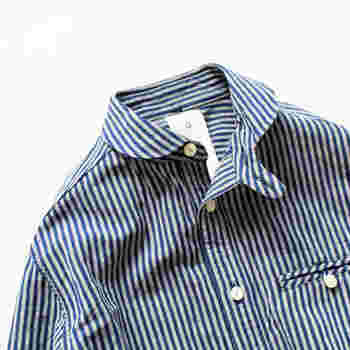 ご紹介したコーディネートを参考に、みなさんも自分に合った襟の形を見つけてみてはいかがでしょうか。