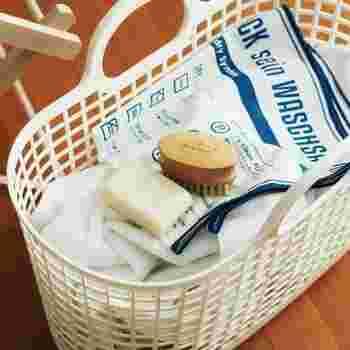 ドイツ・ベルリン生まれのお洗濯グッズ「フレディ レック」。清潔感ある白を基調としたデザインにブルーのロゴが映え、とっても機能的。毎日のお洗濯が楽しくなりそうですね。 お近くの方はぜひショップへ足を運んでみてくださいね♪