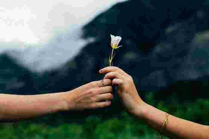 恋は楽しいだけじゃなく、ちょっぴり切なくて苦しいものですよね。強がりな気持ちを抑えて、バレンタインには甘い時間を過ごしませんか。