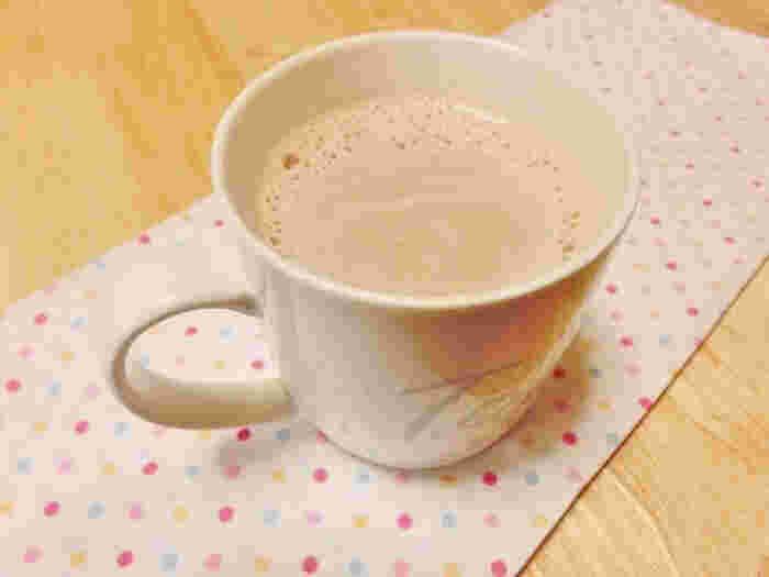 お酒が苦手な人に試してみてほしい、ココアのようなホットミルク。梨のフルブラでぽかぽか温まりますよ。