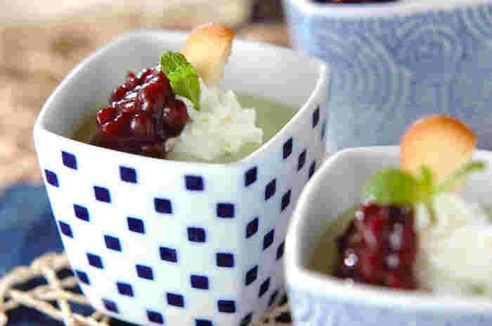 抹茶好きの方にはこちらのレシピ。抹茶の苦味と、生クリーム・小豆の甘さが絶妙なバランスです♪