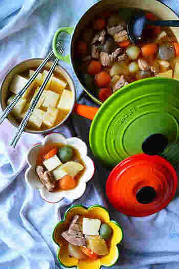 これも立派な鍋料理!寒い日に嬉しい具沢山の豚汁がこんなにお洒落な味になるんですね♪具はごろっと大きめが可愛いですね。ちなみに「ブーケガルニ」とはハ−ブや香味野菜を生、もしくは乾燥させて束にした物で、スープや煮込み料理の風味づけに使います。パックでも売っているそうですよ。