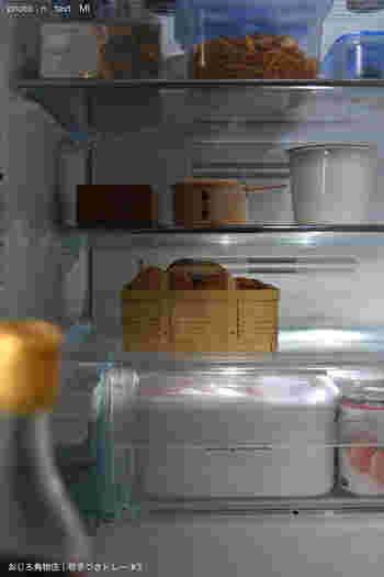 冷蔵庫の中の卵の置き場所は、大抵はドアポケットという人がほとんどではないでしょうか…でも実は、ドアの開閉でたまごが衝撃で割れてしまったり、温度変化の影響を最も受ける場所なんだとか…。優しい竹素材のかごに入れて冷蔵庫にしまっておけば、見た目もお洒落で卵もいつもより長持ちしそうですね!