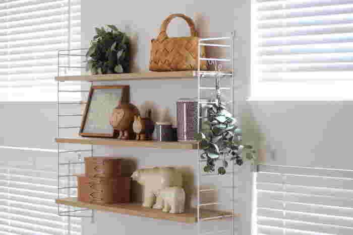 収納アイテムではありますが、インテリアとして飾るのもおしゃれ。何を入れようか悩み中のときは、まずはお部屋の一角にちょこんと置いてみるのもいいですね。