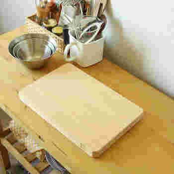 また、しっかりとした厚みがあるので、調理中も安定感抜群。反りや割れが少なく、耐久性が高いのも嬉しいポイント!使い込むほどに手放せない存在になりそうです。