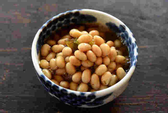 さばと合わせるなら、消化の良い豆類と一緒に。大豆の煮豆は少し多めに作って冷凍保存しておくのがおすすめ。土日に作っておけば火曜日のお弁当にさっと入れられるので便利ですね。