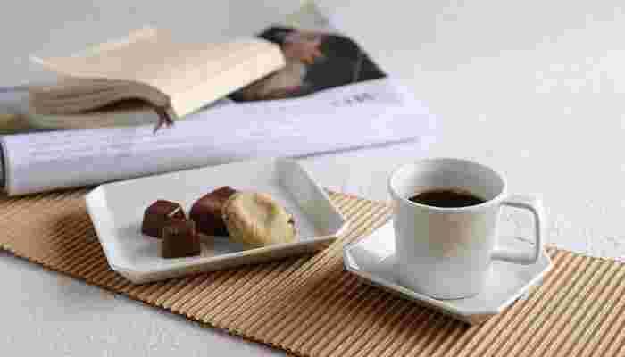 おいしいコーヒーを淹れたら、おうちカフェの準備完了!次は、コーヒーに合うスイーツを作りましょう。