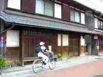 東海道・中山道の二大街道が、唯一合流する宿場町、草津。京都からも好アクセスで人気のスポットです。