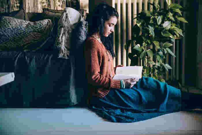 「ひとり時間」を豊かに愉しむ。長い夜の【小説&映画】リスト