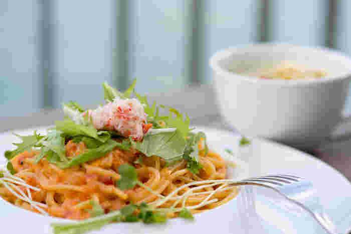 一汁一菜のアレンジとして、「パスタとスープ」や「どんぶりと汁モノ」なんていうのもアリ!いろいろバリエーションを広げてみてください。