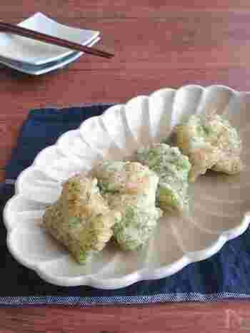 ふっくらと柔らかなたらの磯辺揚げ。塩味がついていますが、お好みでレモンを絞ってもサッパリと美味しくいただけます。