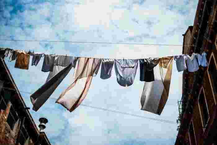 あなたはどうしてる?洋服などの洗濯物を傷めたくない時の「洗い方・干し方」アイデア集