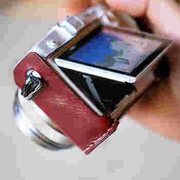 液晶部分が見やすく配慮されたデザインは、使い手のことを考えた「思いやり」のデザイン。