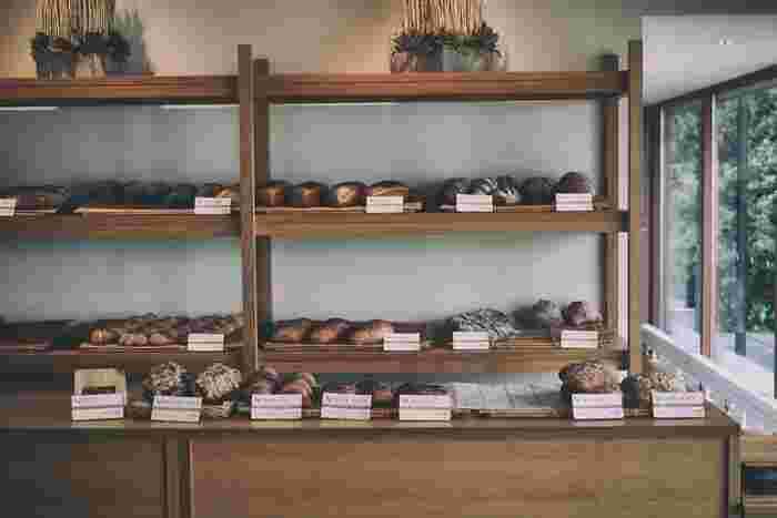 良質の素材で丁寧なパン作りを行うベーカリーは、遠くにあっても、ぜひ行きたいと思わせてくれるもの。北海道を訪れた際には、そんな特別感のある珠玉のベーカリーを巡ってみませんか。