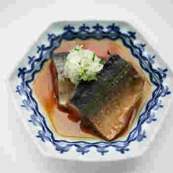 鯖もお酢で煮ることによって臭みが抜け、さっぱりおいしくいただけます。秋刀魚など、他の青魚でも応用できそうです。