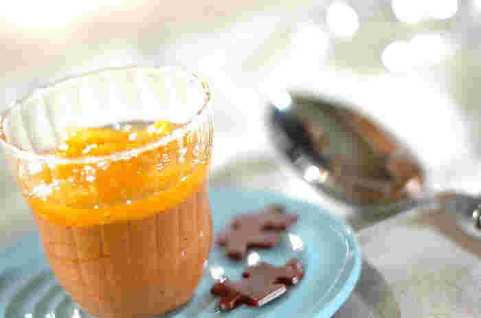たっぷりのオレンジソースとチョコレートの組み合わせが絶妙!オレンジソースはママレードとホワイトキュラソー、この2つの材料で出来るので、とっても簡単です。オレンジの爽やかな風味を楽しみながら召し上がれ♪