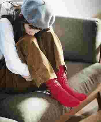 さまざまなテイストで着こなせるサロペットパンツは、秋冬コーデにも大活躍してくれること間違いなし♪ぜひ寒くなる季節の着こなしに取り入れて、大人の今っぽコーデを楽しんでみてくださいね。