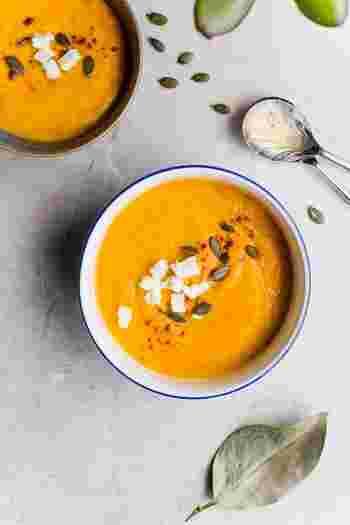 朝の目覚めやちょっと遅くなってしまった日のお夜食などに…。身体のあったまるクリーミーな「ポタージュスープ」が美味しい季節です。