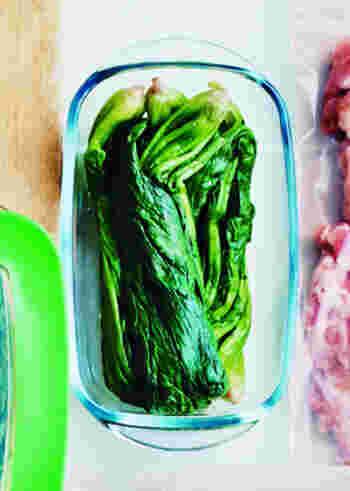 下茹での影響を特に受けやすいのは、キャベツや白菜、ほうれん草などの葉物野菜です。 手早くすませたいときは、ほうれん草などをラップで包み、レンジで短時間で蒸すといいそう。茹でるときは、スープなど茹で汁をいただく料理も取り入れてみてはいかがでしょうか。