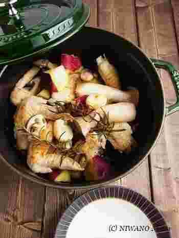 手羽先のこんがりした香ばしさと、ホクホクのサツマイモがたまりません。燻製バターがこっくりとした味わいをプラスします。