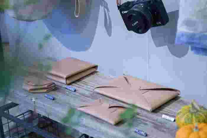 メイドインジャパンかつ、他にはない可愛らしいデザインが人気の皮ブランド「i ro se (イロセ)」の長財布。