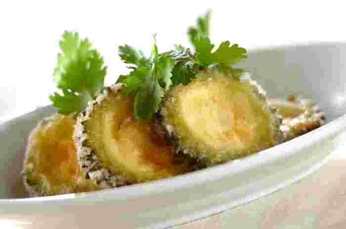 クミンの香りが食欲をそそるゴーヤの竜田揚げ。夏の野菜・ゴーヤもビタミン豊富な野菜です。ゴーヤはワタを取らないで揚げるので、手間がかからないのは嬉しいですね。