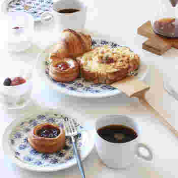起き抜けのぼんやりした頭でも、オシャレなカフェ風の料理は簡単に作れますよ。ご飯やデザートレシピからご紹介していきます。