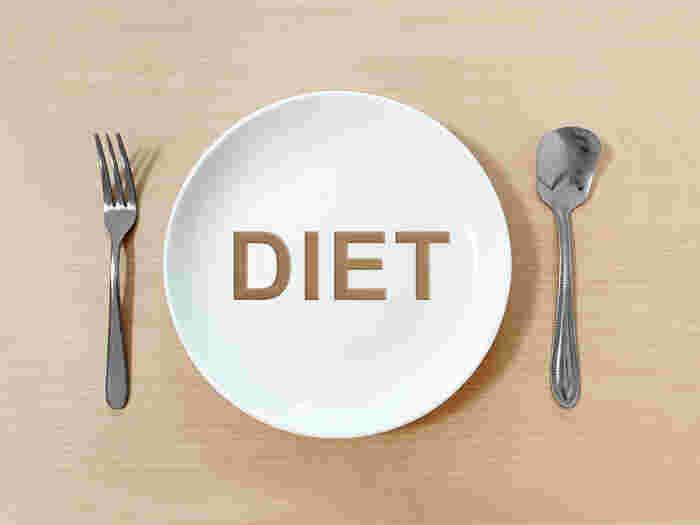 いわしの缶詰は、非常に高たんぱくで低糖質な健康食です。現代人が1日に必要なたんぱく質摂取量を、1缶分食べるだけで得られます。また、炭水化物・糖質が非常に少ないのも特徴です。