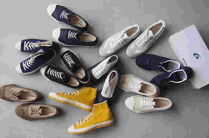 スポーツシューズのような派手な色使いはなく、デイリーに使いやすいシンプルさが魅力。140年の歴史を持つ老舗の靴メーカー「MoonStar(ムーンスター)」。
