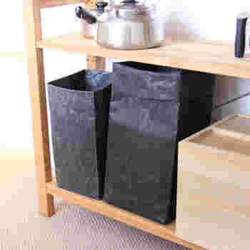 ゴミ箱として使うほか、収納アイテムとして箱のように使っても。お野菜やお菓子、タオルなど何でも入れてOK。