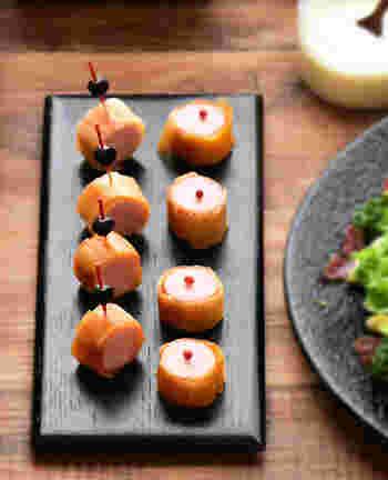 いつもは魚肉ソーセージをそのまま食べている方も、お客さんが来た時には春巻きの皮で包んでみませんか?ソーセージとケチャップも塗っているので、そのままお弁当に入れても華やかになりそう!
