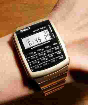 機能的でありながらファッション性も高く、リーズナブルで安心な腕時計として、現在もその人気は健在! 世代によっては「懐かしい!」「当時持っていた!」という方も多いのではないでしょうか。