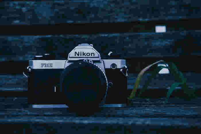 あの宮崎あおいさんも愛用しているNikonシリーズ。 本格的にマニュアル操作を勉強したい人にもおすすめのカメラです!