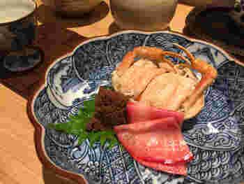 美味しいお酒と、日本海の幸。体じゅうに美味しい幸せが染み込んでくるよう。