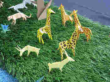 動物をたくさん作って、動物園のようなモビールを作って子ども部屋に飾ってもかわいい♪