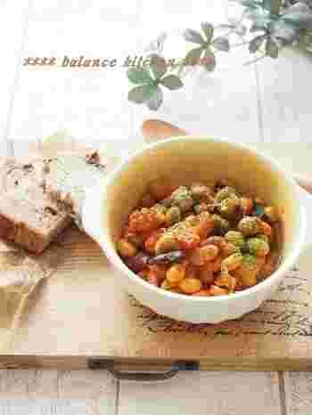 タコと豆の組み合わせがまさに家バル風なレシピです。栄養バランスもしっかりしていて、健康が気になる方のおつまみにもぴったり。