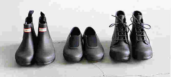 レインブーツといえば「長靴」ってイメージ持ってませんか?それ、間違ってますよ!今どきのレインシューズはとってもおしゃれなんです!機能性とファッション性を備えたダブルスタンダードなアイテムならHUNTER(ハンター)やMoonstar(ムーンスター)QUICO(キコ)のレインシューズがオススメです♪
