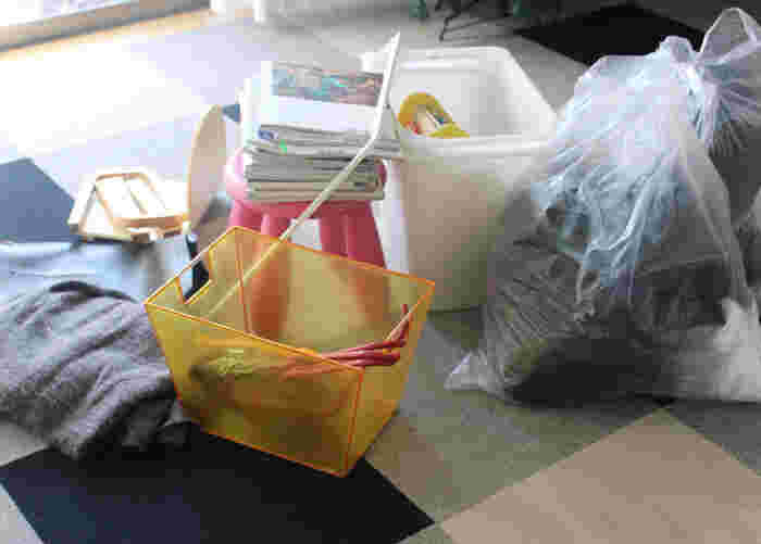 年末年始はゴミの回収もお休みになるため、せっかくお掃除してもゴミ袋の山と年越しを迎える・・・という場合も。  一方、この秋の時期であればもちろんゴミの収集は通常通り。  ですから、食料品の整理や、掃除ついでの断捨離もしやすく、粗大ゴミなども片づけやすいので、マイペースをキープしつつ、よりダイナミックにおうちをピカピカにすることができるんです。