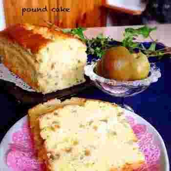 『梅酒パウンドケーキ 』  ひとくち口に入れると梅酒の香りがふわりとただようパウンドケーキ。深みのある味わいでティータイムにぴったりです。