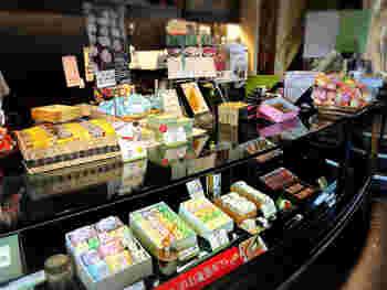 1階では吉野本葛を使った商品も販売されています。お土産にいいですね♪